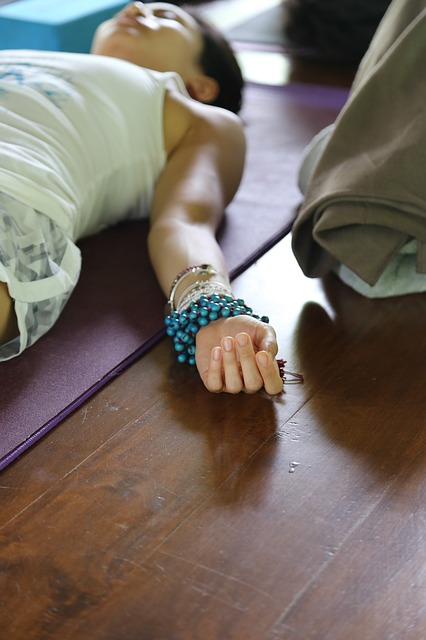 5 Moving Meditation Practices to Try Today